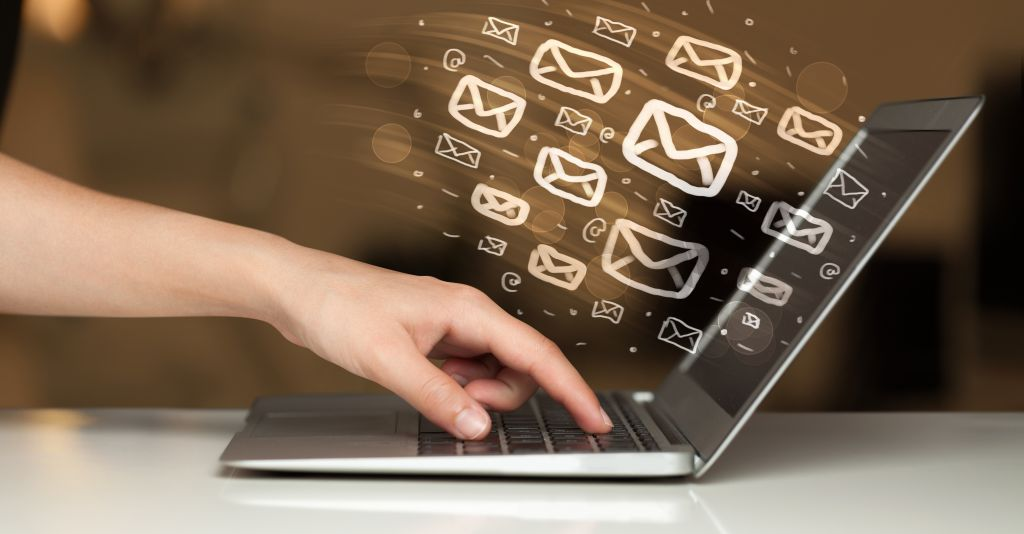 Concept,Of,Sending,E-mails,From,Your,Computer